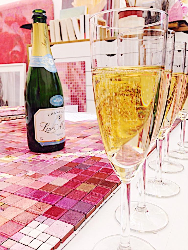 Champagne för min nya systerson.